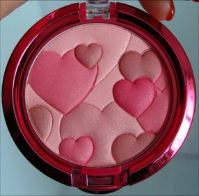 Physicians-Formula-Blush-with-Hearts-Rose